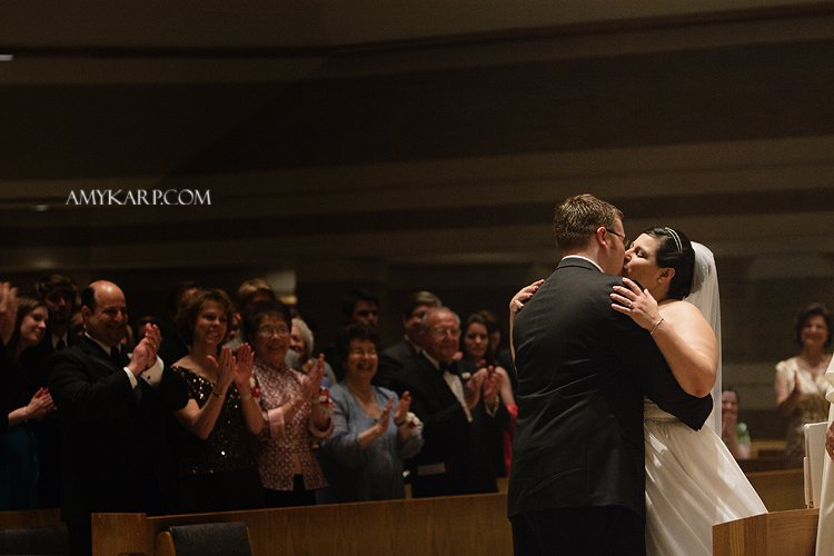 julie and mark catholic wedding ceremony in richardson texas at st marks by dallas wedding photographer amy karp photography