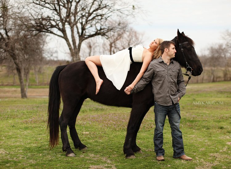 horse and chess engagement session (1)