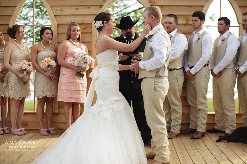 dallas-wedding-photographer-longhorn-ranch-wedding-048