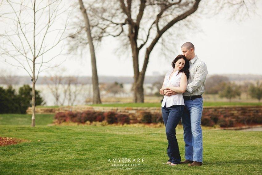 dallas-wedding-photographer-dallas-arboretum-engagement-session-10