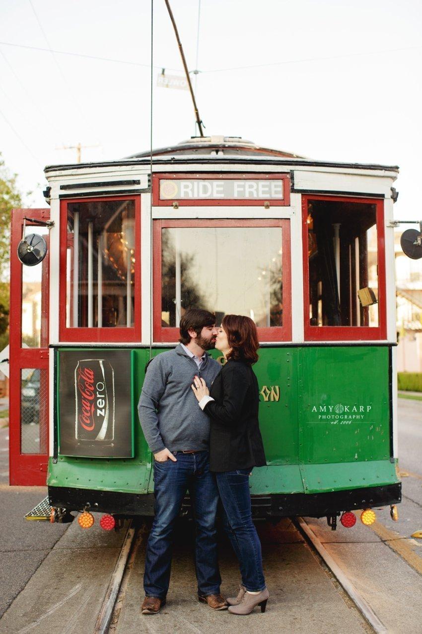dallas-wedding-photographer-truck-yard-engagement-session-jill-chad-15