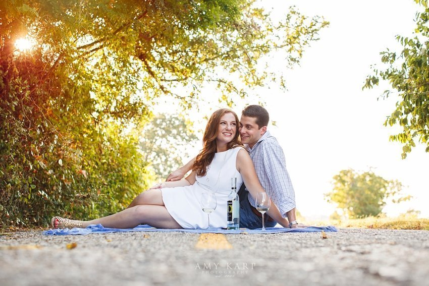 dallas-wedding-photographer-white-rock-engagement-session-arielle-daniel-12
