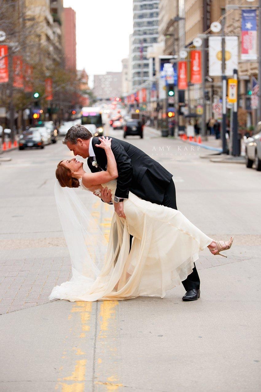 dallas-wedding-photographer-lauren-mike-joule-hotel-33