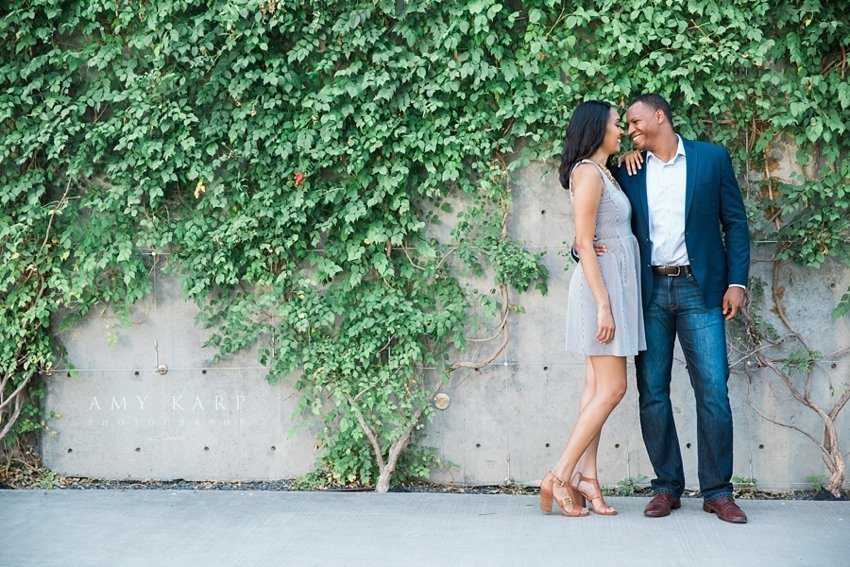 downtown-dallas-engagement-session-nicole-tim-06