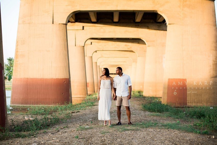 downtown-dallas-engagement-session-nicole-tim-11