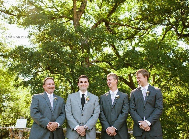 dallas fort worth wedding photographer at lone oak winery (7)