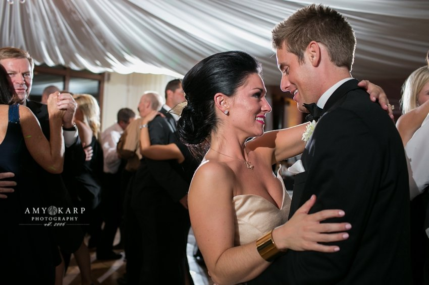 dallas-wedding-photographer-rayven-alex-city-place-055