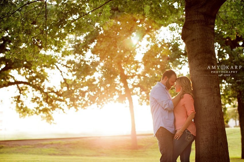 dallas-fort-worth-wedding-photographer-south-side-engagement-session-autumn-charles-010
