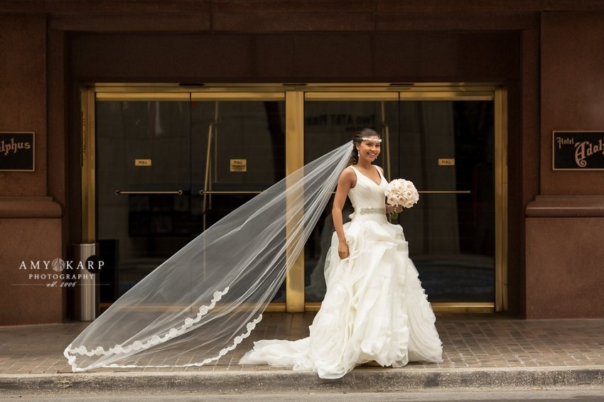 dallas wedding phtoographer at the adolphus hotel
