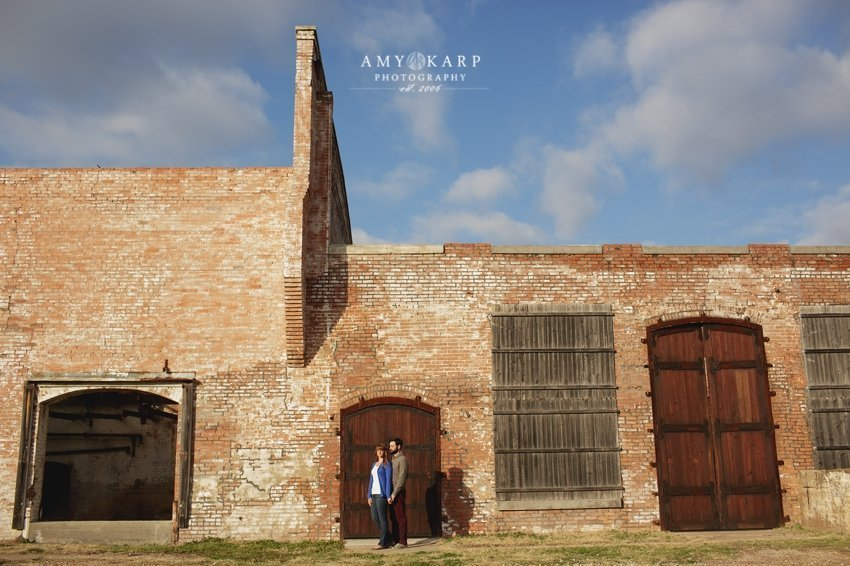 dallas-wedding-photographer-mckinney-cotton-mill-engagement-ford-bronco-ashley-aaron-015