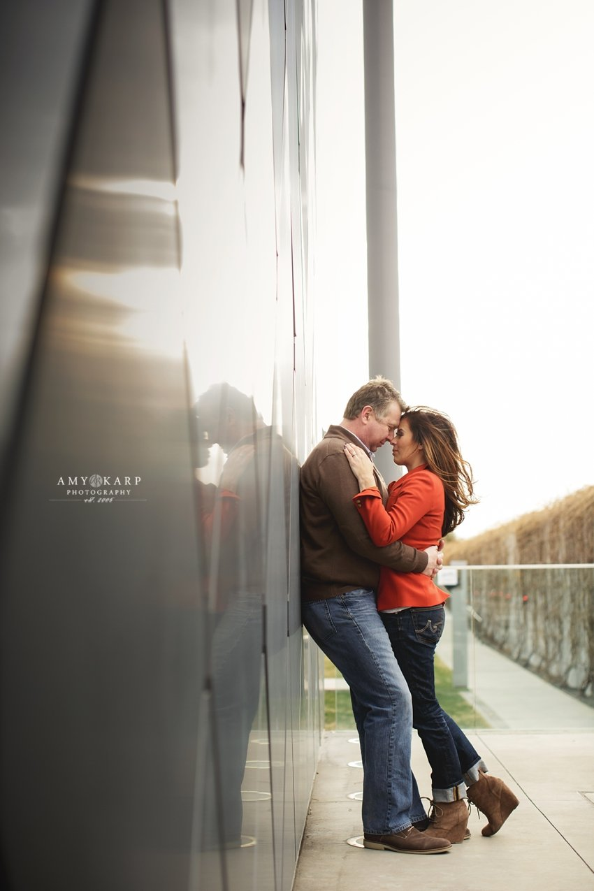 dallas-wedding-photographer-downtown-engagement-session-jenn-brian-013
