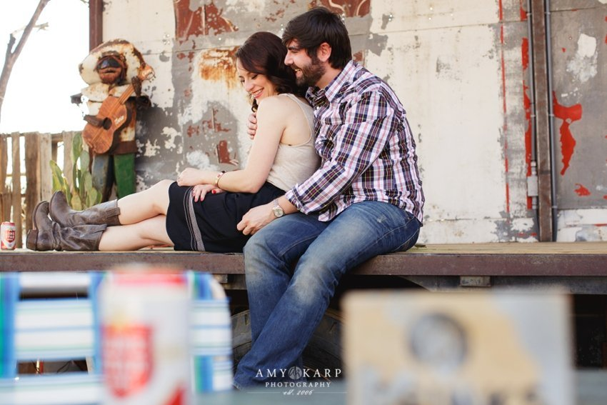 dallas-wedding-photographer-truck-yard-engagement-session-jill-chad-11