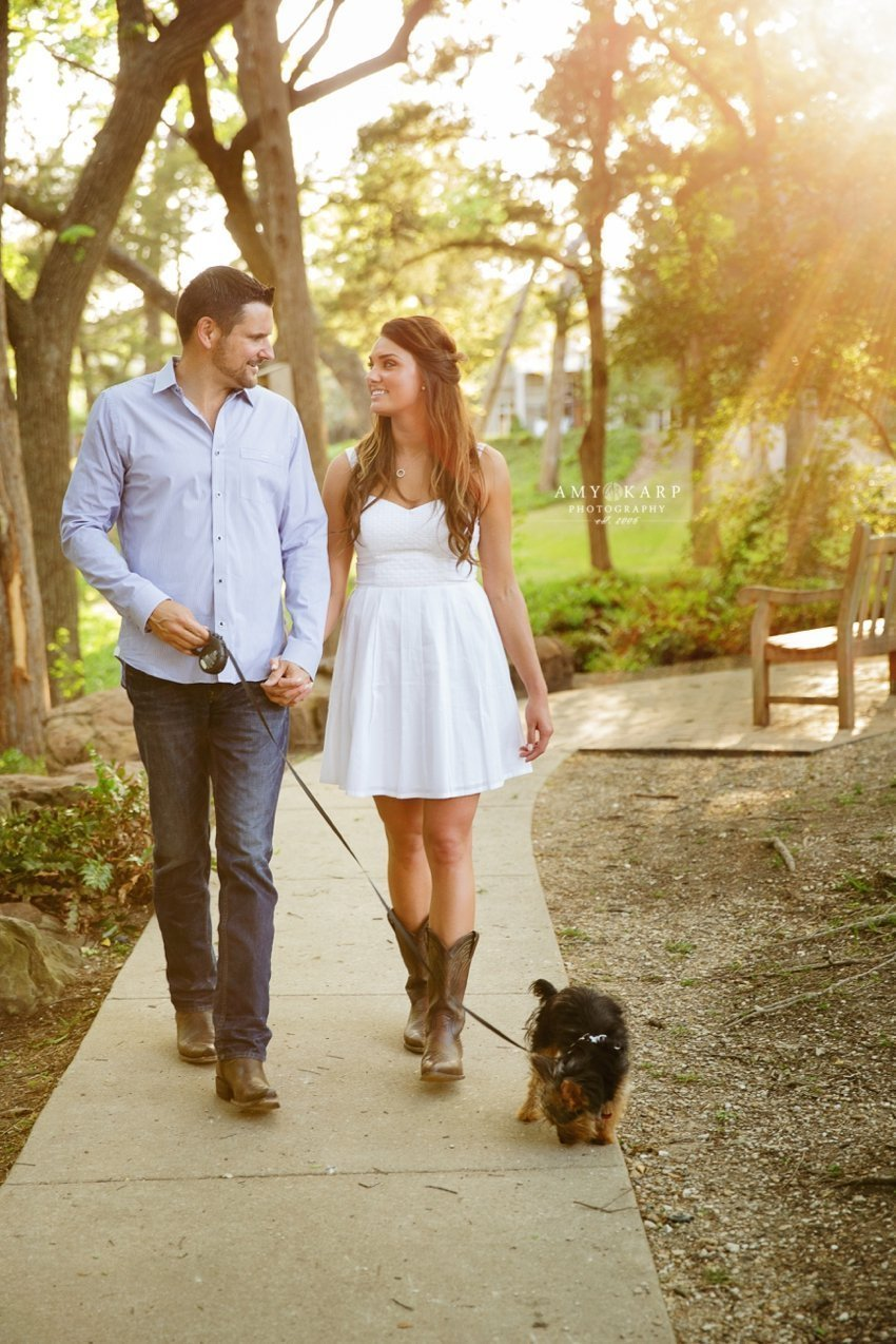 amy-karp-photography-downtown-dallas-engagement-amanda-mike-wedding-13