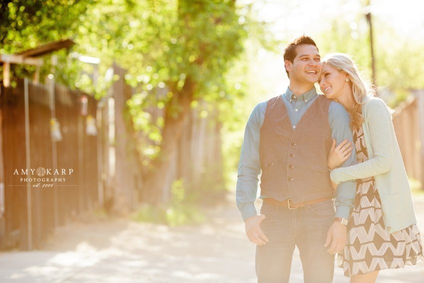 dallas-wedding-photographer-bishop-arts-engagement-session-jessica-daniel-16