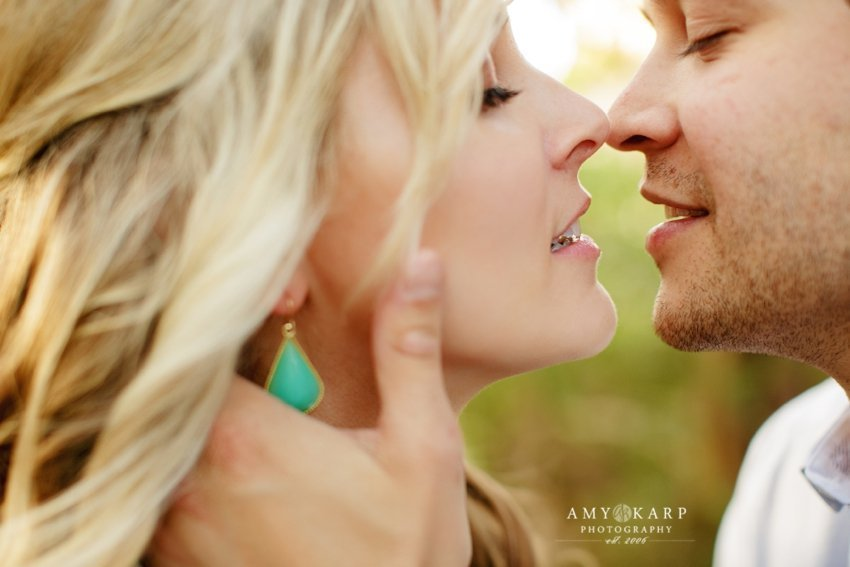 dallas-wedding-photographer-bishop-arts-engagement-session-jessica-daniel-27