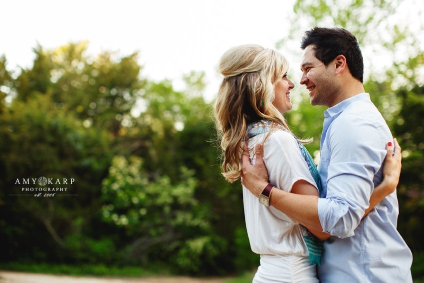 dallas-wedding-photographer-bishop-arts-engagement-session-jessica-daniel-29
