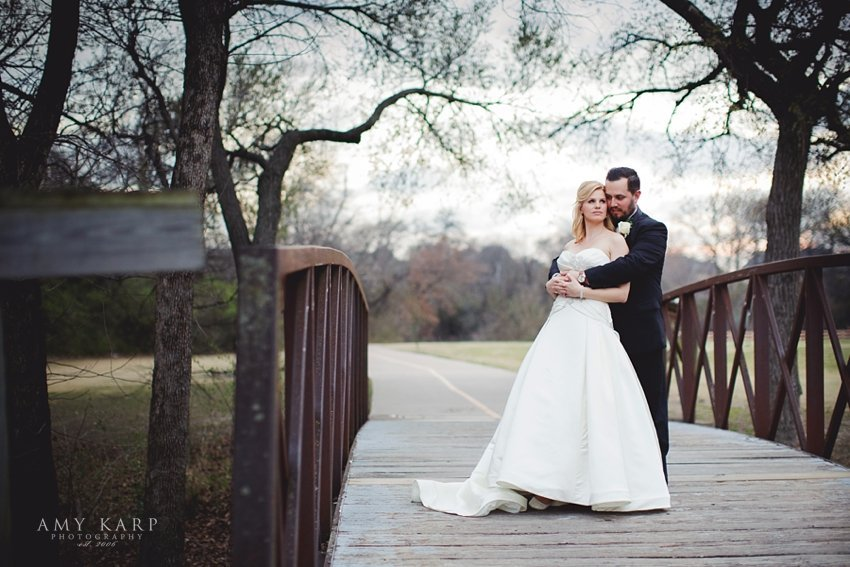 dallas-wedding-photographer-watermark-church-amanda-nick-31