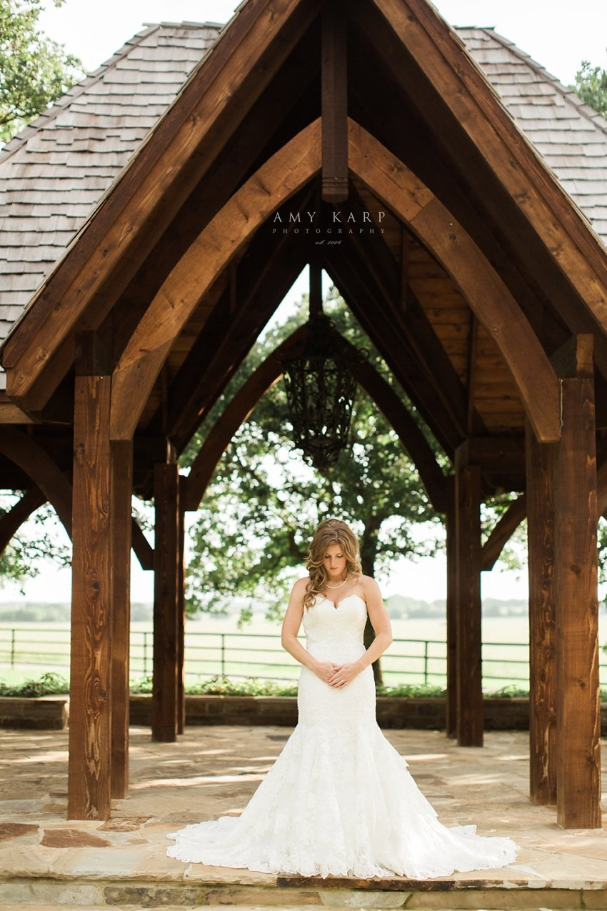 classic-oaks-wedding-mansfield-bridal-lauren-08
