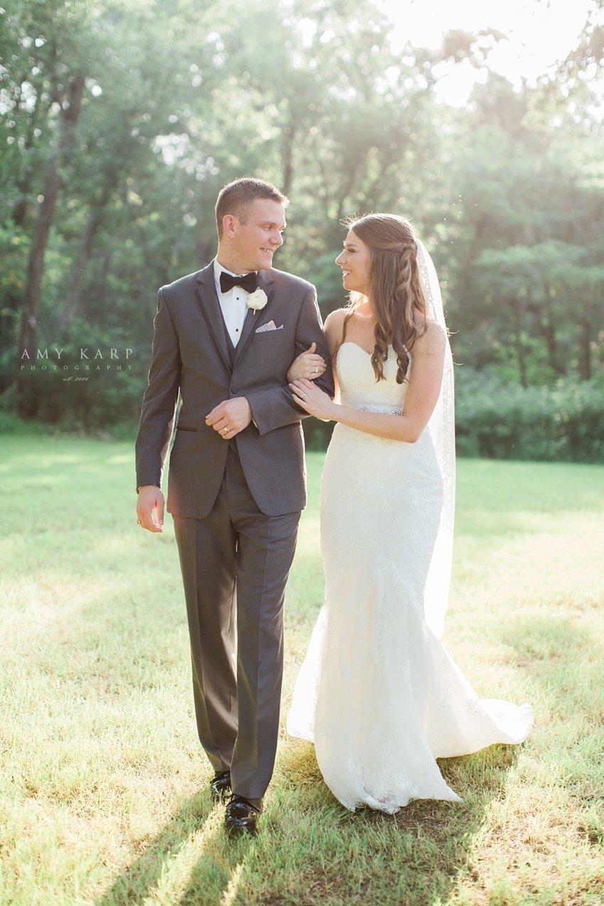 dallas-wedding-photographer-poetry-springs-amykarp-lauren-ryan-28