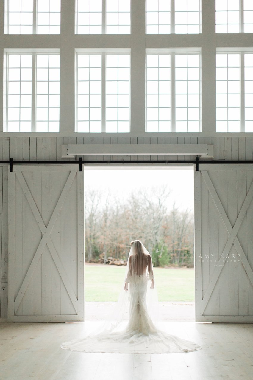 dallas-wedding-photography-white-sparrow-barn-bridal-portraits-11