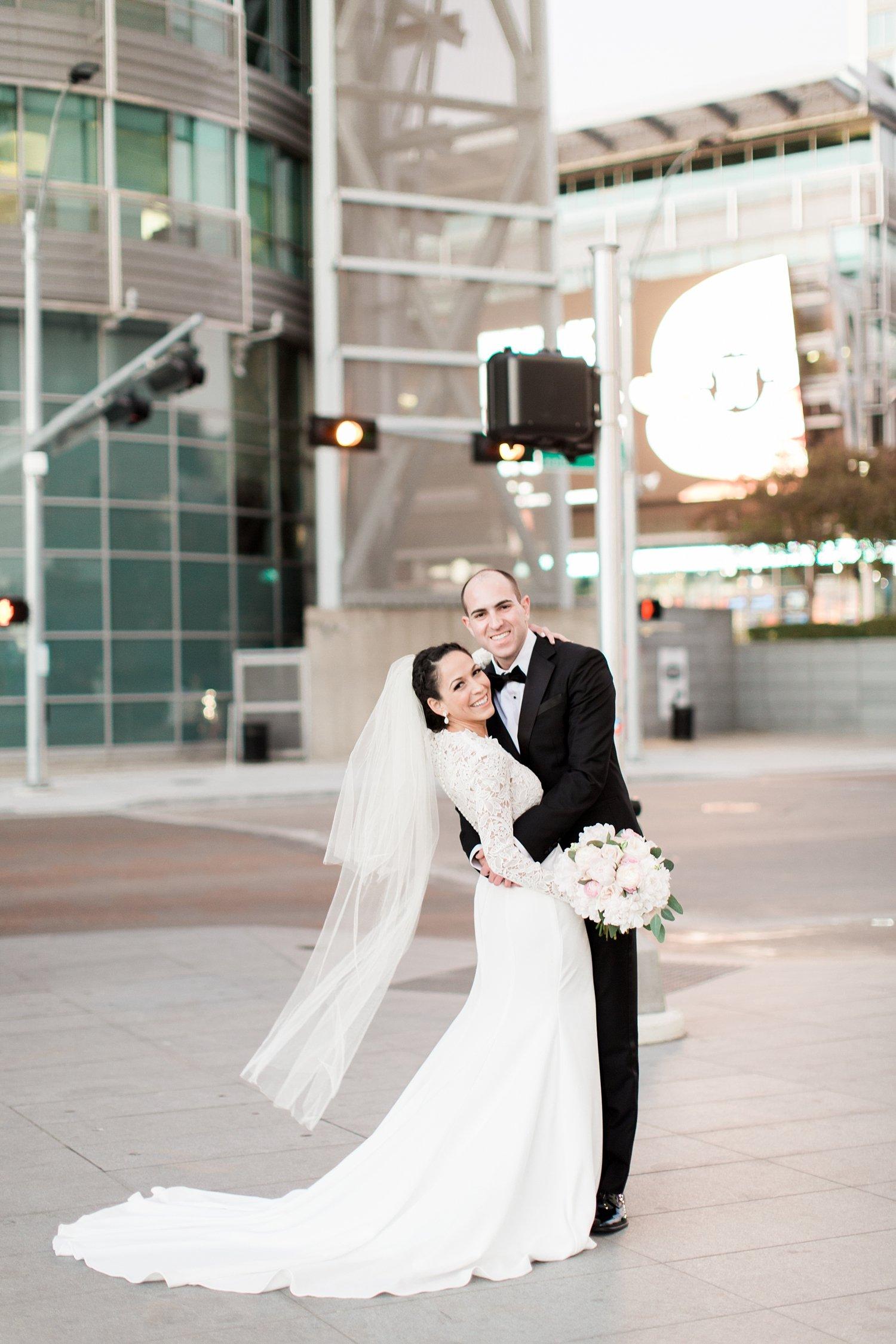 dallas-w-hotel-jewish-wedding-emily-daniel-11